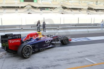 World © Octane Photographic Ltd. Tuesday 25th November 2014. Abu Dhabi Testing - Yas Marina Circuit. Infiniti Red Bull Racing RB10 – Carlos Sainz jr. Digital Ref: 1174LB7L9645
