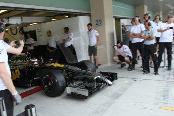 World © Octane Photographic Ltd. Tuesday 25th November 2014. Abu Dhabi Testing - Yas Marina Circuit. McLaren Honda MP4-29H/1X1 - Stoffel Vandoorne. Digital Ref: 1174LB7L9826