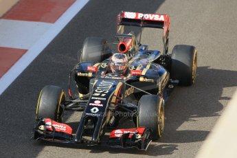 World © Octane Photographic Ltd. Wednesday 26th November 2014. Abu Dhabi Testing - Yas Marina Circuit. Lotus F1 Team E22 – Esteban Ocon. Digital Ref: 1175CB1D8936