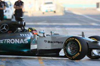 World © Octane Photographic Ltd. Wednesday 26th November 2014. Abu Dhabi Testing - Yas Marina Circuit. Mercedes AMG Petronas F1 W05 Hybrid - Pascal Wehrlein. Digital Ref: 1175LB1D8391
