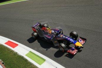 World © Octane Photographic Ltd. Saturday 6th September 2014, Italian GP, Monza - Italy. - Formula 1 Practice 3. Infiniti Red Bull Racing RB10 – Daniel Ricciardo. Digital Ref: 1100LB1D5524