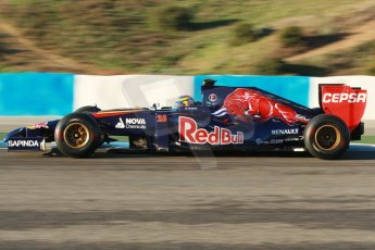 World © Octane Photographic Ltd. 2014 Formula 1 Winter Testing, Circuito de Velocidad, Jerez. Thursday 30th January 2014. Day 3. Scuderia Toro Rosso STR9 - Jean-Eric Vergne. Digital Ref: 0887cb1d0485