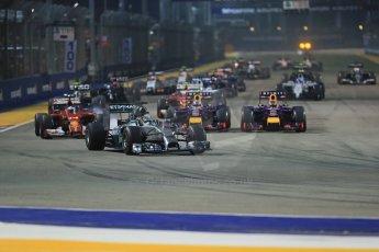 World © Octane Photographic Ltd. Sunday 21st September 2014, Singapore Grand Prix, Marina Bay. - Formula 1 Race start lap 1. Digital Ref: 1127LB1D3242