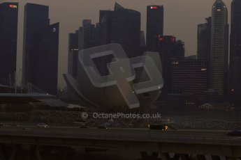 World © Octane Photographic Ltd. Wednesday 17th September 2014, Singapore Grand Prix, Marina Bay. Formula 1 Setup and atmosphere. Singapore skyline. Digital Ref: 1115LB1D8856