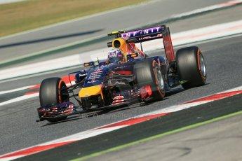 World © Octane Photographic Ltd. Friday 9th May 2014. Circuit de Catalunya - Spain - Formula 1 Practice 1 pitlane. Infiniti Red Bull Racing RB10 – Daniel Ricciardo. Digital Ref: