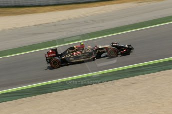 World © Octane Photographic Ltd. Saturday 10th May 2014. Circuit de Catalunya - Spain - Formula 1 Qualifying. Lotus F1 Team E22 – Pastor Maldonado. Digital Ref: 0936lb1d3922