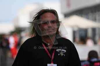World © Octane Photographic Ltd. Sunday 2nd November 2014, F1 USA GP, Austin, Texas, Circuit of the Americas (COTA) - Paddock & Atmosphere. Outlaw band member. Digital Ref: 1150LB1D0851