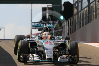 World © Octane Photographic Ltd. Mercedes AMG Petronas F1 W06 Hybrid – Lewis Hamilton. Friday 27th November 2015, F1 Abu Dhabi Grand Prix, Practice 1, Yas Marina. Digital Ref: 1477CB1L5119