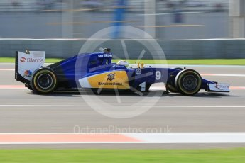World © Octane Photographic Ltd. Sauber F1 Team C34-Ferrari – Marcus Ericsson. Friday 27th November 2015, F1 Abu Dhabi Grand Prix, Practice 1, Yas Marina. Digital Ref: 1477CB1L5224