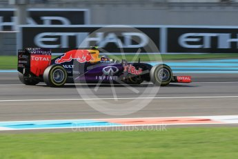 World © Octane Photographic Ltd. Infiniti Red Bull Racing RB11 – Daniil Kvyat. Friday 27th November 2015, F1 Abu Dhabi Grand Prix, Practice 1, Yas Marina. Digital Ref: 1477CB1L5243