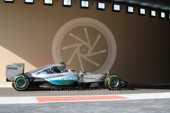 World © Octane Photographic Ltd. Mercedes AMG Petronas F1 W06 Hybrid – Lewis Hamilton. Friday 27th November 2015, F1 Abu Dhabi Grand Prix, Practice 1, Yas Marina. Digital Ref: 1477CB7D1669