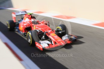 World © Octane Photographic Ltd. Scuderia Ferrari SF15-T– Kimi Raikkonen. Friday 27th November 2015, F1 Abu Dhabi Grand Prix, Practice 1, Yas Marina. Digital Ref: 1477CB7D1743