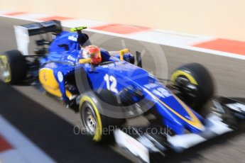World © Octane Photographic Ltd. Sauber F1 Team C34-Ferrari – Felipe Nasr. Friday 27th November 2015, F1 Abu Dhabi Grand Prix, Practice 1, Yas Marina. Digital Ref: 1477CB7D1754