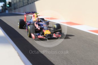 World © Octane Photographic Ltd. Infiniti Red Bull Racing RB11 – Daniil Kvyat. Friday 27th November 2015, F1 Abu Dhabi Grand Prix, Practice 1, Yas Marina. Digital Ref: 1477CB7D1761