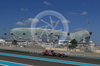 World © Octane Photographic Ltd. Scuderia Toro Rosso STR10 – Max Verstappen. Friday 27th November 2015, F1 Abu Dhabi Grand Prix, Practice 1, Yas Marina. Digital Ref: 1477LB1D6114