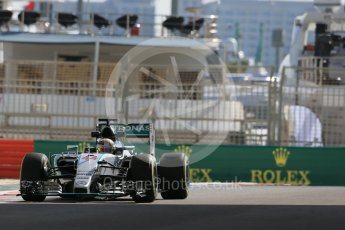 World © Octane Photographic Ltd. Mercedes AMG Petronas F1 W06 Hybrid – Lewis Hamilton. Friday 27th November 2015, F1 Abu Dhabi Grand Prix, Practice 1, Yas Marina. Digital Ref: 1477LB1D6798