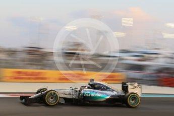 World © Octane Photographic Ltd. Mercedes AMG Petronas F1 W06 Hybrid – Lewis Hamilton. Friday 27th November 2015, F1 Abu Dhabi Grand Prix, Practice 2, Yas Marina. Digital Ref: 1478CB7D1881