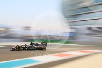 World © Octane Photographic Ltd. Sahara Force India VJM08B – Sergio Perez. Friday 27th November 2015, F1 Abu Dhabi Grand Prix, Practice 2, Yas Marina. Digital Ref: 1478CB7D2044
