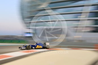 World © Octane Photographic Ltd. Sauber F1 Team C34-Ferrari – Marcus Ericsson. Friday 27th November 2015, F1 Abu Dhabi Grand Prix, Practice 2, Yas Marina. Digital Ref: 1478CB7D2071