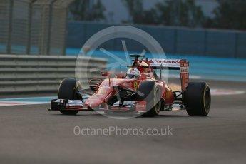 World © Octane Photographic Ltd. Scuderia Ferrari SF15-T– Sebastian Vettel. Friday 27th November 2015, F1 Abu Dhabi Grand Prix, Practice 2, Yas Marina. Digital Ref: 1478LB1D7018