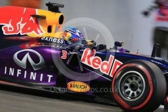 World © Octane Photographic Ltd. Infiniti Red Bull Racing RB11 – Daniel Ricciardo. Friday 27th November 2015, F1 Abu Dhabi Grand Prix, Practice 2, Yas Marina. Digital Ref: 1478LB1D7331