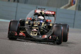 World © Octane Photographic Ltd. Lotus F1 Team E23 Hybrid – Romain Grosjean. Friday 27th November 2015, F1 Abu Dhabi Grand Prix, Practice 2, Yas Marina. Digital Ref: 1478LB1D7833
