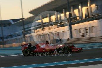 World © Octane Photographic Ltd. Scuderia Ferrari SF15-T– Sebastian Vettel. Friday 27th November 2015, F1 Abu Dhabi Grand Prix, Practice 2, Yas Marina. Digital Ref: 1478LB5D3994