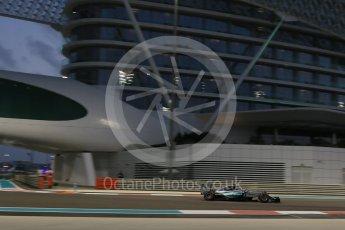 World © Octane Photographic Ltd. Mercedes AMG Petronas F1 W06 Hybrid – Nico Rosberg. Friday 27th November 2015, F1 Abu Dhabi Grand Prix, Practice 2, Yas Marina. Digital Ref: 1478LB5D4311