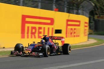 World © Octane Photographic Ltd. Scuderia Toro Rosso STR10 – Carlos Sainz Jnr. Friday 13th March 2015, F1 Australian GP Practice 1, Melbourne, Albert Park, Australia. Digital Ref: 1200LW1L5960