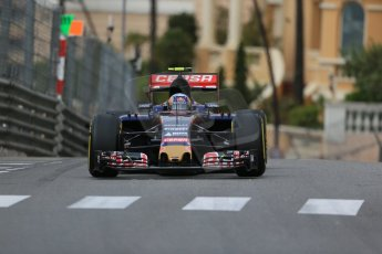 World © Octane Photographic Ltd. Scuderia Toro Rosso STR10 – Carlos Sainz Jnr. Thursday 21st 2015, F1 Practice 1, Monte Carlo, Monaco. Digital Ref: 1272LB1D3637