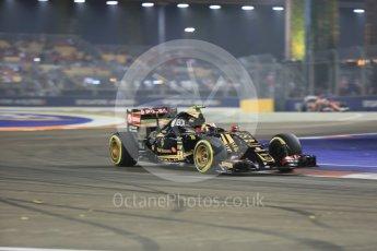 World © Octane Photographic Ltd. Lotus F1 Team E23 Hybrid – Pastor Maldonado. Friday 18th September 2015, F1 Singapore Grand Prix Practice 2, Marina Bay. Digital Ref: 1429CB5D0269
