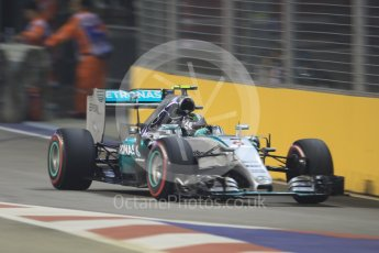 World © Octane Photographic Ltd. Mercedes AMG Petronas F1 W06 Hybrid – Nico Rosberg. Friday 18th September 2015, F1 Singapore Grand Prix Practice 2, Marina Bay. Digital Ref: 1429CB7D0906