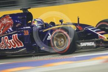 World © Octane Photographic Ltd. Scuderia Toro Rosso STR10 – Max Verstappen. Friday 18th September 2015, F1 Singapore Grand Prix Practice 2, Marina Bay. Digital Ref: 1429CB7D0932