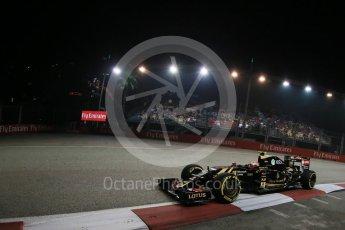 World © Octane Photographic Ltd. Lotus F1 Team E23 Hybrid – Pastor Maldonado. Friday 18th September 2015, F1 Singapore Grand Prix Practice 2, Marina Bay. Digital Ref: 1429LB1D6275