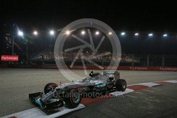 World © Octane Photographic Ltd. Mercedes AMG Petronas F1 W06 Hybrid – Nico Rosberg. Friday 18th September 2015, F1 Singapore Grand Prix Practice 2, Marina Bay. Digital Ref: 1429LB1D6459