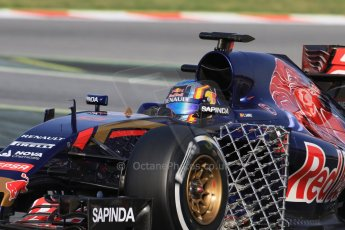 World © Octane Photographic Ltd. Scuderia Toro Rosso STR10 – Carlos Sainz Jnr. Wednesday 13th May 2015, F1 In-season testing, Circuit de Barcelona-Catalunya, Spain. Digital Ref: 1269CB7D1833