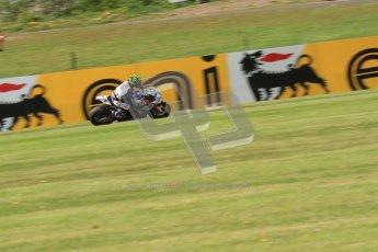 © Octane Photographic Ltd. 2012 World Superbike Championship – European GP – Donington Park. Friday 11th May 2012. WSBK Friday Qualifying practice. Chaz Davies - Aprillia RSV4 Factory. Digital Ref : 0330lw7d3872