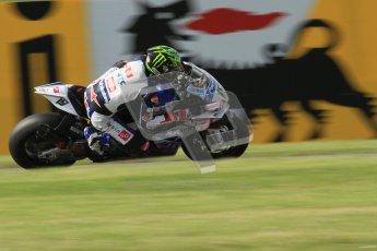 © Octane Photographic Ltd. 2012 World Superbike Championship – European GP – Donington Park. Friday 11th May 2012. WSBK Friday Qualifying practice. Chaz Davies - Aprillia RSV4 Factory. Digital Ref : 0330lw7d3969