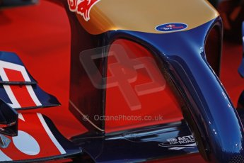 World © Octane Photographic Ltd. 2014 Formula 1 Winter Testing, Circuito de Velocidad, Jerez. Tuesday 27th January 2014. Day 1. Scuderia Toro Rosso STR 9 – Launch technical review. Digital Ref: 0881cb1d9077