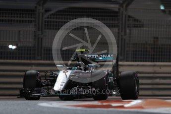 World © Octane Photographic Ltd. Mercedes AMG Petronas W07 Hybrid – Nico Rosberg. Friday 25th November 2016, F1 Abu Dhabi GP - Practice 2. Yas Marina circuit, Abu Dhabi. Digital Ref :