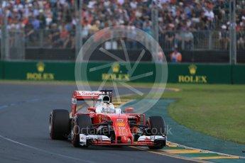 World © Octane Photographic Ltd. Scuderia Ferrari SF16-H – Sebastian Vettel. Sunday 20th March 2016, F1 Australian GP Race, Melbourne, Albert Park, Australia. Digital Ref : 1524LB1D7109