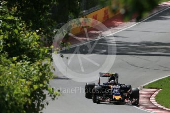 World © Octane Photographic Ltd. Scuderia Toro Rosso STR11 – Carlos Sainz. Friday 10th June 2016, F1 Canadian GP Practice 1, Circuit Gilles Villeneuve, Montreal, Canada. Digital Ref : 1586LB1D9580