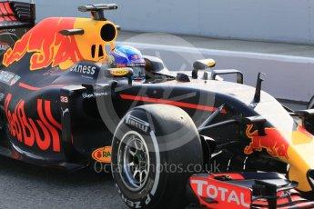 World © Octane Photographic Ltd. Red Bull Racing RB12 – Max Verstappen. Wednesday 18th May 2016, F1 Spanish GP In-season testing, Circuit de Barcelona Catalunya, Spain. Digital Ref : 1556CB1D3675