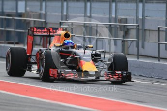 World © Octane Photographic Ltd. Red Bull Racing RB12 – Max Verstappen. Wednesday 18th May 2016, F1 Spanish GP In-season testing, Circuit de Barcelona Catalunya, Spain. Digital Ref : 1556LB1D0507