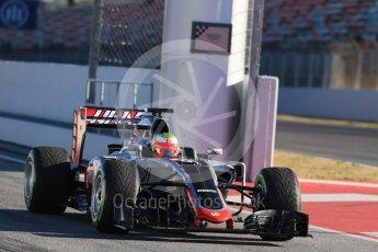 World © Octane Photographic Ltd. Haas F1 Team VF-16 – Esteban Gutierrez. Tuesday 1st March 2016, F1 Winter testing, Circuit de Barcelona Catalunya, Spain, Day 5. Digital Ref : 1508LB1D4235