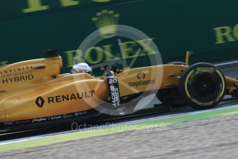 World © Octane Photographic Ltd. Renault Sport F1 Team RS16 - Kevin Magnussen. Friday 2nd September 2016, F1 Italian GP Practice 1, Monza, Italy. Digital Ref :1697LB1D5227