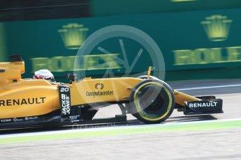 World © Octane Photographic Ltd. Renault Sport F1 Team RS16 - Kevin Magnussen. Friday 2nd September 2016, F1 Italian GP Practice 1, Monza, Italy. Digital Ref :1697LB1D5350