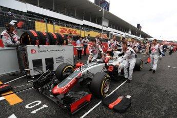 World © Octane Photographic Ltd. Haas F1 Team VF-16 - Esteban Gutierrez. Sunday 9th October 2016, F1 Japanese GP - Grid, Suzuka Circuit, Suzuka, Japan. Digital Ref :1735LB1D7198
