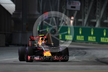 World © Octane Photographic Ltd. Red Bull Racing RB12 – Max Verstappen. Friday 16th September 2016, F1 Singapore GP Practice 1, Marina Bay Circuit, Singapore. Digital Ref : 1716LB1D9915