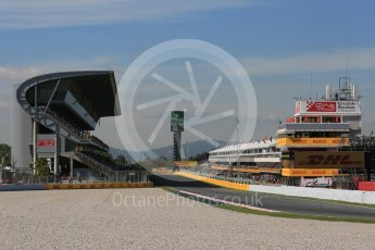 World © Octane Photographic Ltd. Pit Straight. Friday 13th May 2016, F1 Spanish GP - Practice 1, Circuit de Barcelona Catalunya, Spain. Digital Ref : 1536LB5D3330